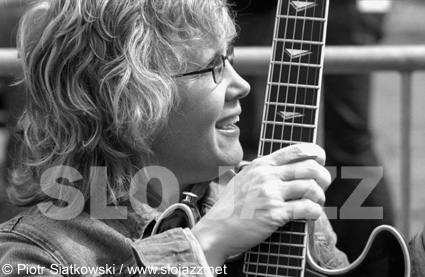 SHERYL BAILEY jazz women guitar photo slojazz