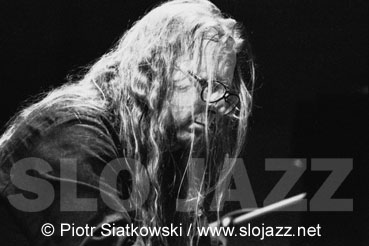 VLADYSLAV ADZIK SENDECKI Polish jazz acoustic piano player composer solo improvisation big band NDR Hamburg Krakow live concert image slojazz photography Piotr Siatkowski